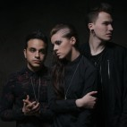 Photoshoot with PVRIS